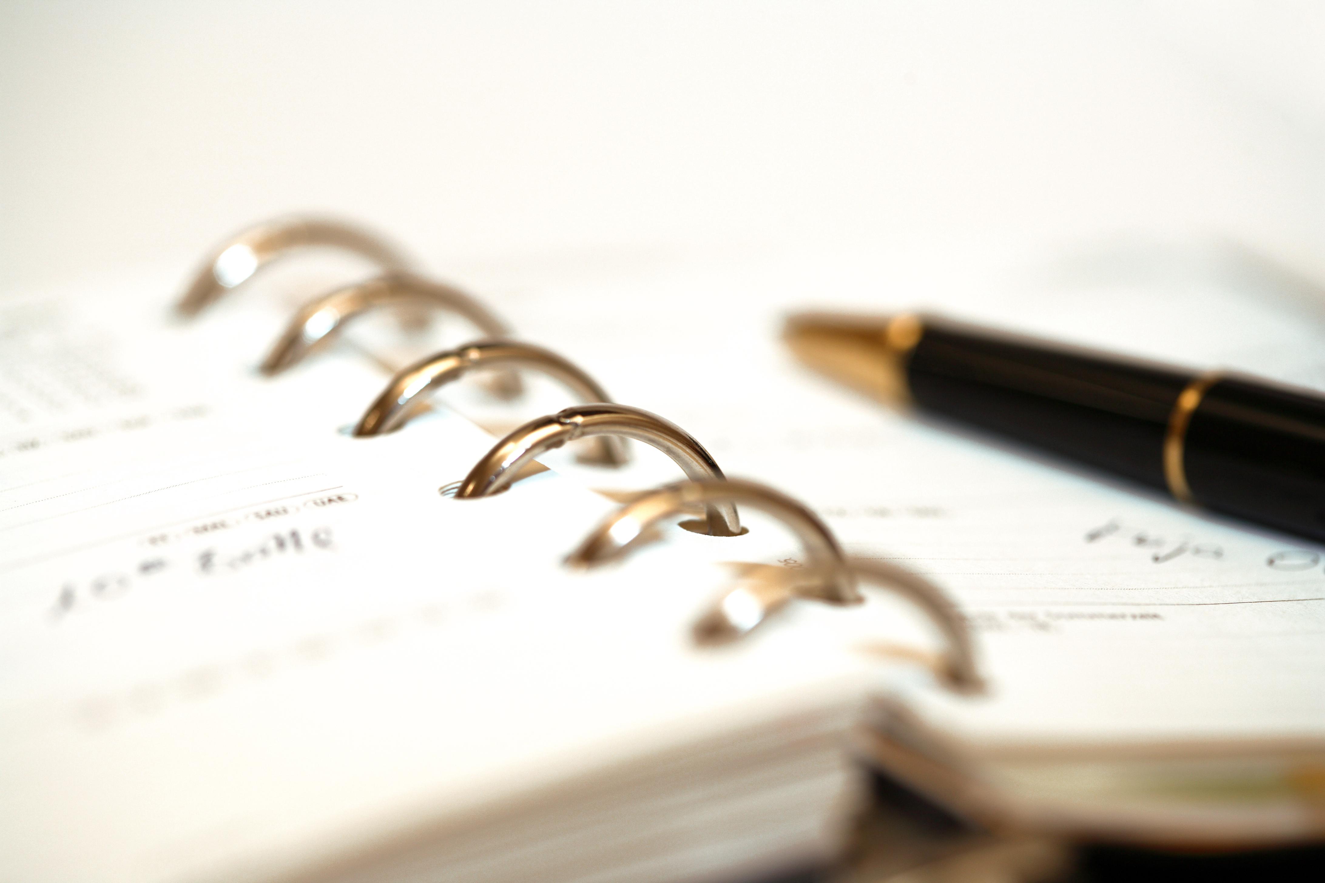 Cahier à anneaux et stylo - Notaire Contrecoeur
